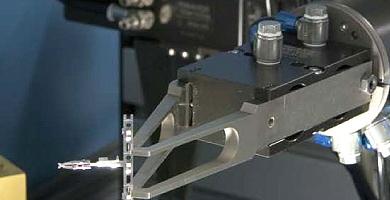 uranus_30_roboterpruefanlage